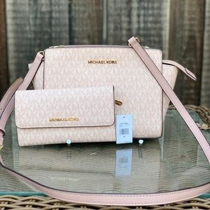 Michael Kors Signature MD Selma Crossbody+Wallet